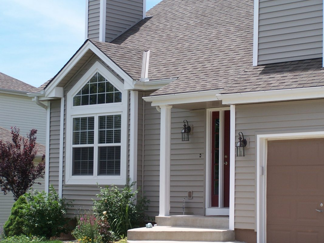 To Hire Professional Siding Contractors Ann Arbor, Read Below
